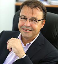 Dr. Franck Fischbach